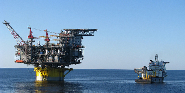 offshore rig oceaneering
