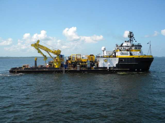 DSV Ocean Patriot working in Trinidad and Tobago
