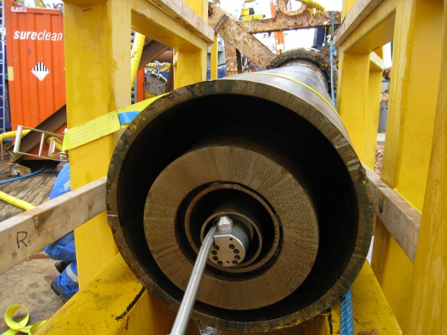 nca-subsea-wellhead-picker