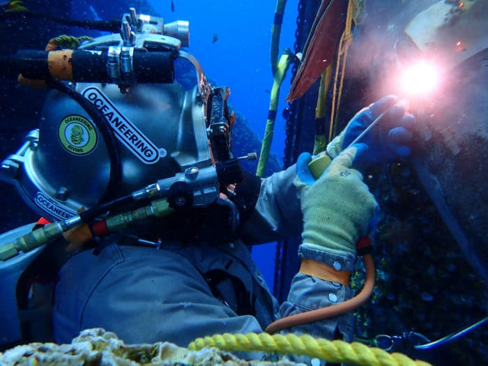 Oceaneering | Specialized Diving Services
